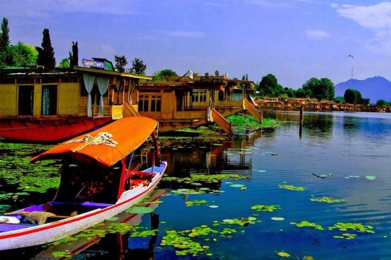 Essence of Kashmir and Ladakh